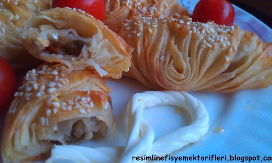 patliçanli-midye-böreği